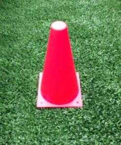 1 stk markeringskegle i roed - Soccerplay.dk Hos Soccerplay.dk kan du købe fodboldmål, fodboldrebounder samt andet udstyr til spil i haven eller i fodboldklubben. Køb udstyr online idag.