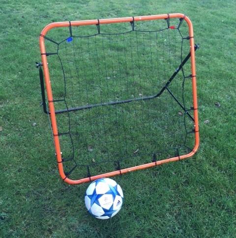 fodbold-rebounder-kicker-100