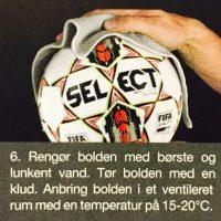 select fodbolde til kamp eller trænibg. Køb hos Soccerplay.dk