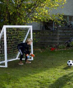 1 stk Fodboldmål Home Garden Pro 175 x 140 cm - Soccerplay.dk Hos Soccerplay.dk kan du købe fodboldmål, fodboldrebounder samt andet udstyr til spil i haven eller i fodboldklubben. Køb udstyr online idag.