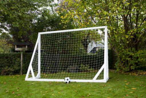 træ fodboldmål i hvid1 - Soccerplay.dk Hos Soccerplay.dk kan du købe fodboldmål, fodboldrebounder samt andet udstyr til spil i haven eller i fodboldklubben. Køb udstyr online idag.