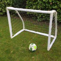 plast fodboldmål til børn i haven