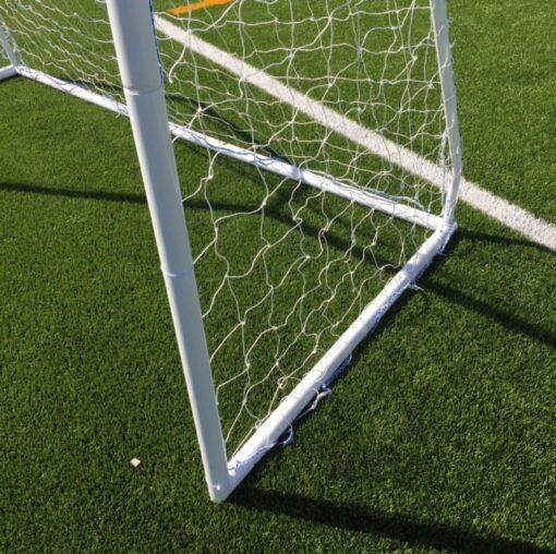 IMG 3042 - Soccerplay.dk Hos Soccerplay.dk kan du købe fodboldmål, fodboldrebounder samt andet udstyr til spil i haven eller i fodboldklubben. Køb udstyr online idag.