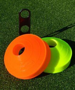 football training marker cones 50 fluro orange fluro yellow 2 1 1 edited - Soccerplay.dk Hos Soccerplay.dk kan du købe fodboldmål, fodboldrebounder samt andet udstyr til spil i haven eller i fodboldklubben. Køb udstyr online idag.