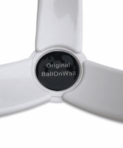 Holder til bolde i plast fra BallOnWall 15 - Soccerplay.dk Hos Soccerplay.dk kan du købe fodboldmål, fodboldrebounder samt andet udstyr til spil i haven eller i fodboldklubben. Køb udstyr online idag.