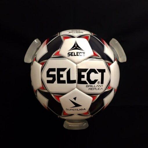 IMG 6668 - Soccerplay.dk Hos Soccerplay.dk kan du købe fodboldmål, fodboldrebounder samt andet udstyr til spil i haven eller i fodboldklubben. Køb udstyr online idag.