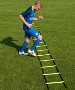 Agility stige Freeplay Cawila5 - Soccerplay.dk Hos Soccerplay.dk kan du købe fodboldmål, fodboldrebounder samt andet udstyr til spil i haven eller i fodboldklubben. Køb udstyr online idag.
