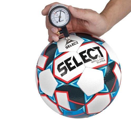 select analog trykmåler2 - Soccerplay.dk Hos Soccerplay.dk kan du købe fodboldmål, fodboldrebounder samt andet udstyr til spil i haven eller i fodboldklubben. Køb udstyr online idag.