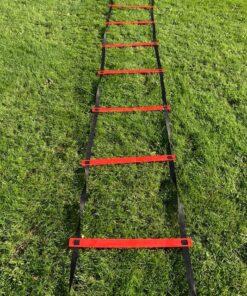 IMG 7941 - Soccerplay.dk Hos Soccerplay.dk kan du købe fodboldmål, fodboldrebounder samt andet udstyr til spil i haven eller i fodboldklubben. Køb udstyr online idag.