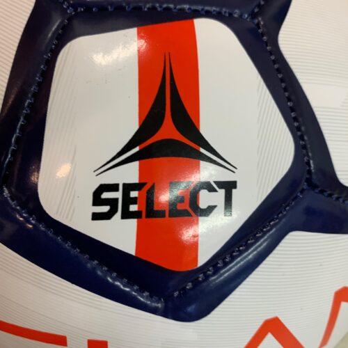 IMG 3607 - Soccerplay.dk Hos Soccerplay.dk kan du købe fodboldmål, fodboldrebounder samt andet udstyr til spil i haven eller i fodboldklubben. Køb udstyr online idag.