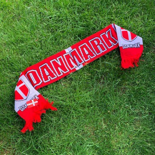 IMG 4277 - Soccerplay.dk Hos Soccerplay.dk kan du købe fodboldmål, fodboldrebounder samt andet udstyr til spil i haven eller i fodboldklubben. Køb udstyr online idag.